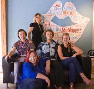 Mobloggy-Team-Photo-2014
