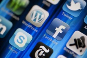 facebook-reach-mobloggy-social-media-marketing